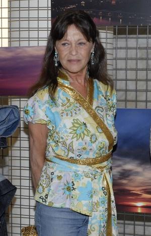 Pepa Flores, el 16 de mayo de 2012, en la inauguración de la exposición fotográfica de su hija María Esteve en Málaga.