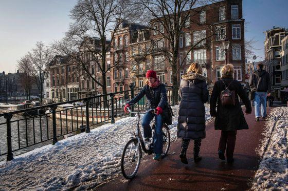Cien kilómetros de vías navegables suman el 25% de la superficie urbana de Ámsterdam