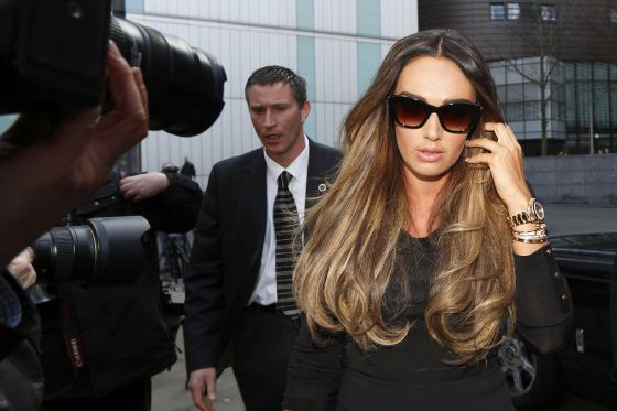 Tamara Ecclestone a las puertas del tribunal.