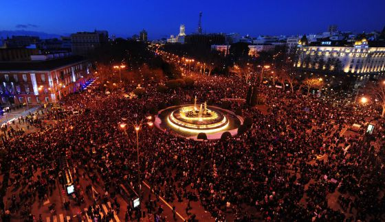General view of the Neptuno square in Madrid during a demonstration against government austerity on February 23 in Madrid.