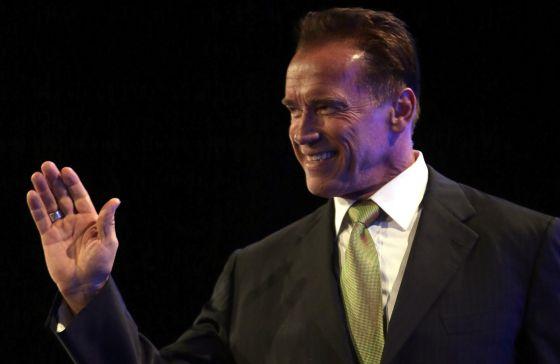 Schwarzenegger vuelve a sus orígenes