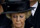 La familia real holandesa despide a Friso en la más estricta intimidad
