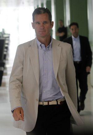 Iñaki Urdangarin leaving a courthouse this summer.