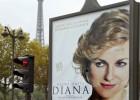 Retirado un cartel de la película sobre Diana del lugar donde murió