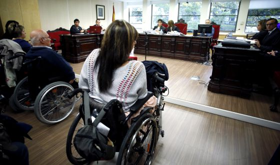 Some of Spain's Thalidomide victims in court on Monday.