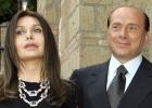 Berlusconi logra reducir a 1,4 millones la pensión a su exmujer