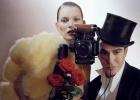 Galliano reaparece en 'Vogue' de la mano de Kate Moss