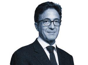 """Aquilino Morelle. Consejero político y portavoz para asuntos nacionales del presidente Hollande, Morelle es de padres asturianos. Entre risas, define al grupo de asesores de origen español como """"el 'lobby' de más calidad del Elíseo""""."""