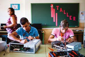 Alumnos de un instituto de las Tres Mil Viviendas (Sevilla).
