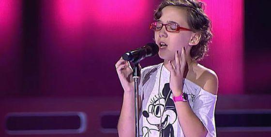 Iraila performs on 'La Voz Kids.'