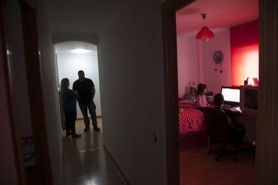 Una familia que fue denunciada en 2008, en una vivienda de alquiler social.