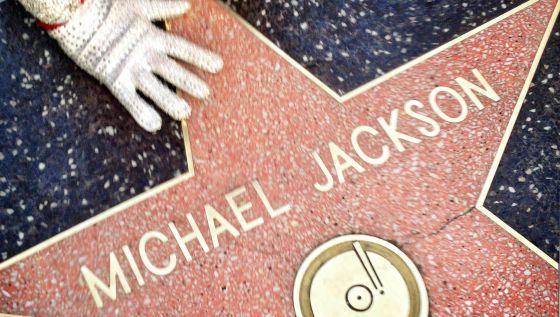 Michael Jackson, la estrella (y el negocio) que nunca se apaga