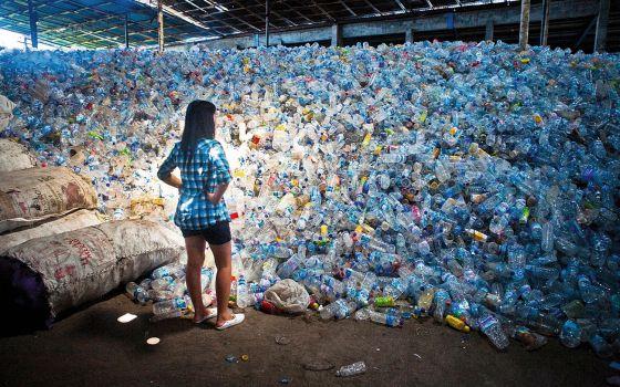 Envases de plástico en Bali.