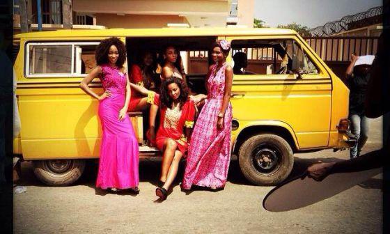Una sesión de fotos callejera en Lagos.
