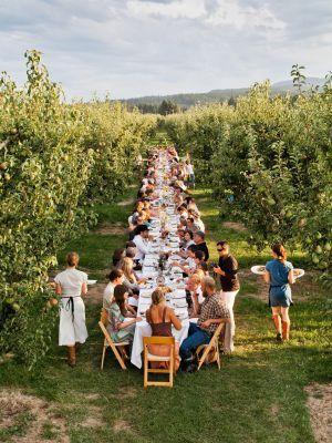 ¿Viviría en un pueblo donde todos los vecinos comen juntos?