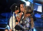 Las divas del pop dominan los premios MTV