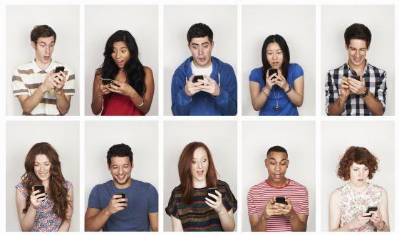 Ignorar las notificaciones del móvil distrae tanto como recibirlas