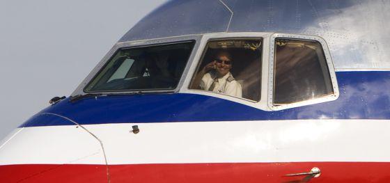 Ni las turbulencias despeinan a los pilotos, aseguran desde el gremio