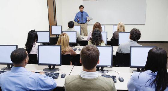 Una universidad ofrece un curso para 'Perder el tiempo en Internet'