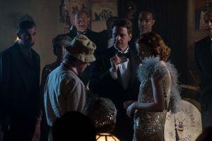 El director junto a Colin Firth en otro momento del rodaje de 'Magia a la luz de la luna'.