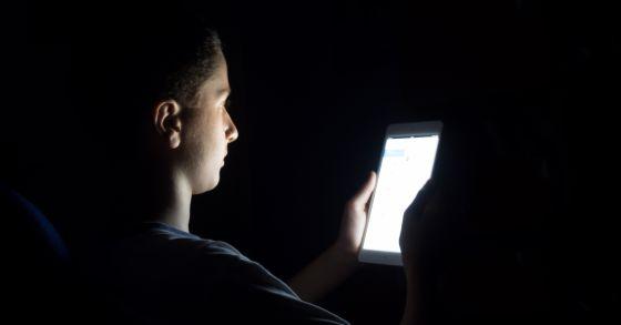El sueño de los adolescentes se ve muy afectado por los dispositivos electrónicos
