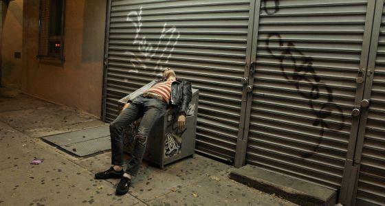 Beber alcohol antes de dormir da sueño pero perjudica el descanso