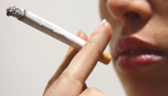 El tabaco está detrás de entre el 85% y el 90% de los casos de cáncer de pulmón.