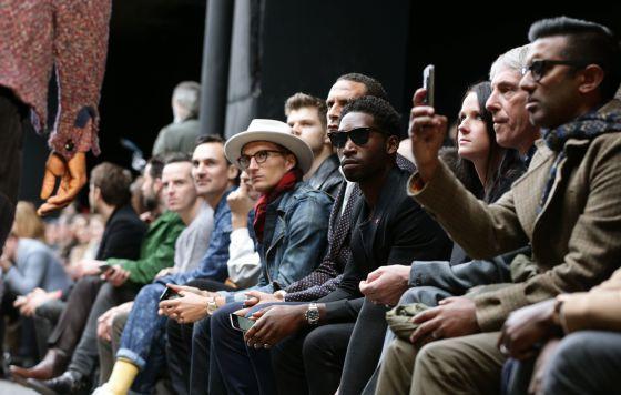 Un momento del desfile de las colecciones del British Fashion Council London