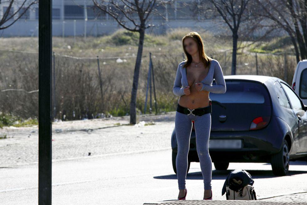 prostitutas rumanas follando prostitutas poligono marconi madrid