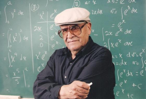 El profesor boliviano Jaime Escalante.