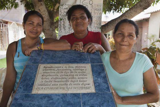 Eidanis, Paula y Ana Luz hicieron realidad el sueño de tener de nuevo una vivienda digna.