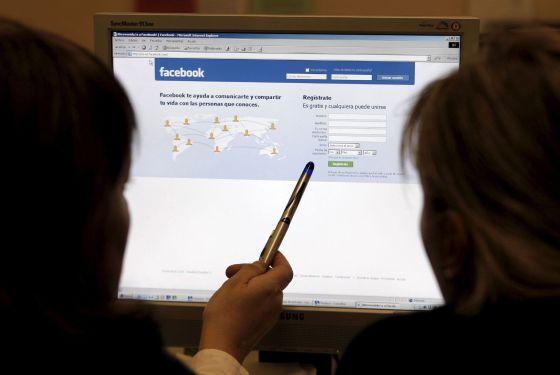 Usuários transformam seus murais no Facebook em 'bolhas' ideológicas