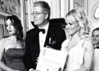 Pamela Anderson, de 'sex symbol' a aristócrata