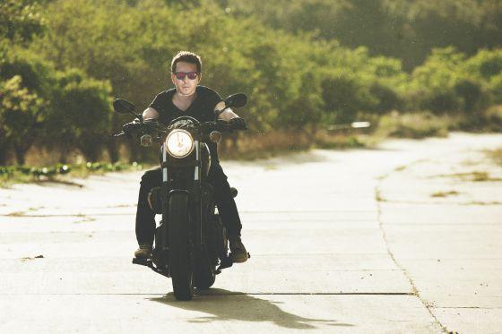 Jorge Lorenzo en una imagen para la campaña de Skull Rider