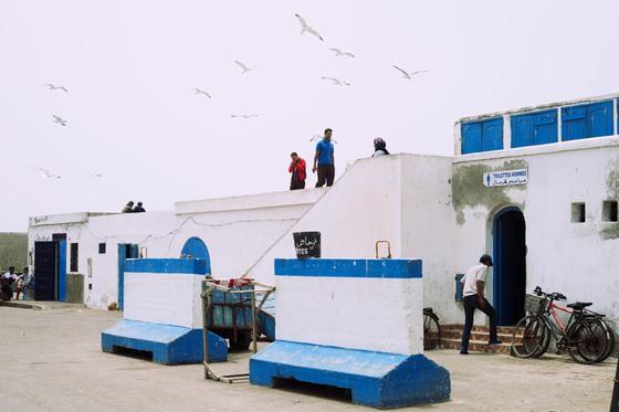 Baño Familiar Publico:Baños públicos en la playa