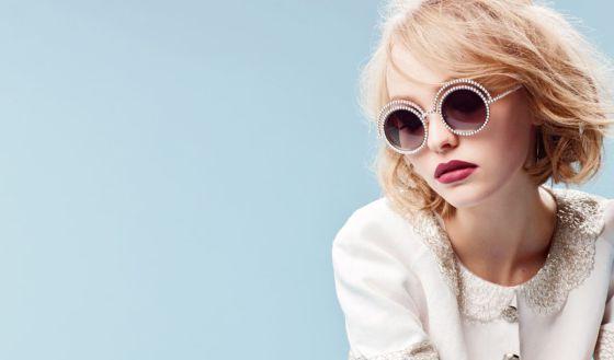 Imagen de la campaña Pearl Collection con Lily-Rose Depp