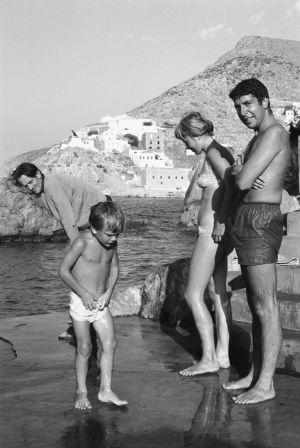 Leonard Cohen y Marianne Ihlen en Hydra, en 1960.