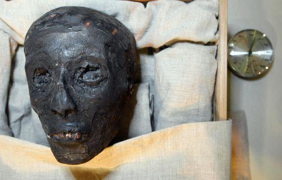 ¿De qué murió Tutankamón?