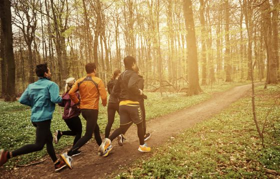 ¿Qué es mejor: correr o caminar?