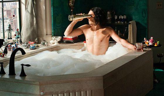 El lavado doble y otras 8 cosas del pelo masculino que nunca nos explicaron
