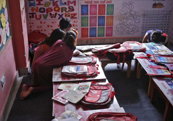 La farsa de la lucha contra el trabajo infantil en india for Habitacion familiar en once