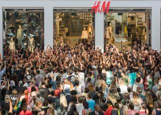 H&M se enfrenta a acusaciones de racismo en Sudáfrica