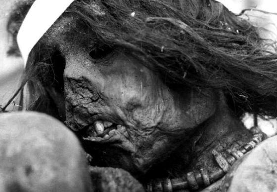 Momia del niño inca sacrificado en 1500