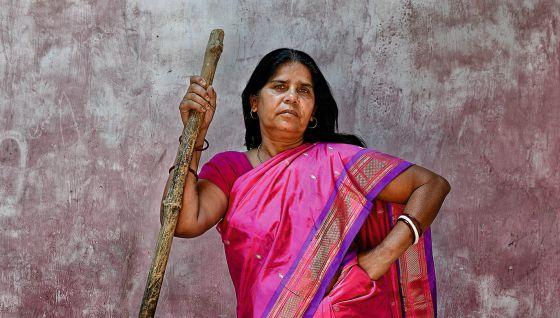 Sampat Pal, líder del ejército de los saris rosas, en el Estado de Uttar Pradesh (India).