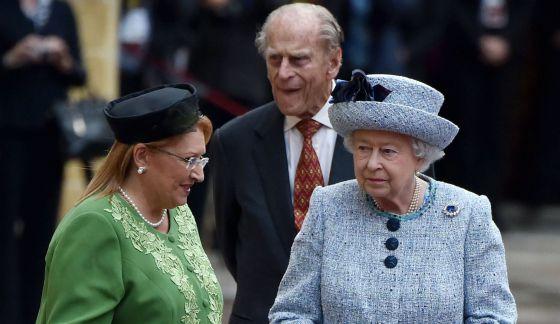 La reina Isabel II y Felipe de Edimburgo