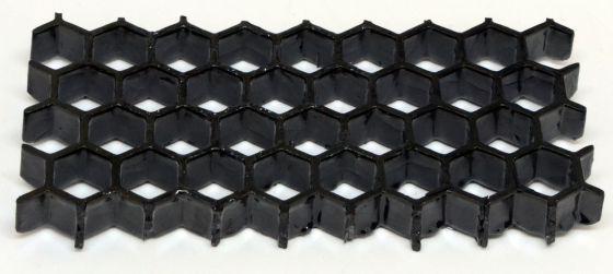 El patrón de panal seguido en la impresión añade un extra de resistencia al material cerámico.