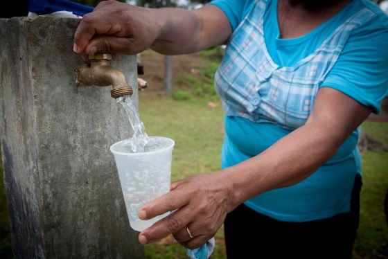Agua potable en Bella Vista, Las Lomas, pronvincia de Cocle (Panamá).