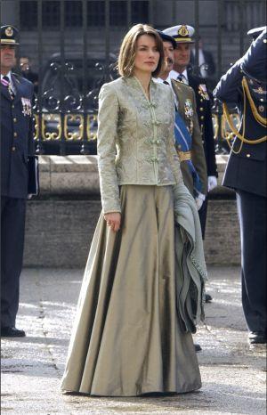 El modelo que Letizia Ortiz llevó en 2005, 2008 y 2009.