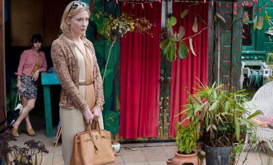 El estilismo de Cate Blanchett, en un fotograma de 'Blue Jasmine'.