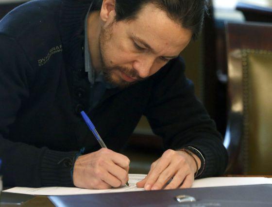 Pablo Iglesias, durante la formalización de su acta de diputado.